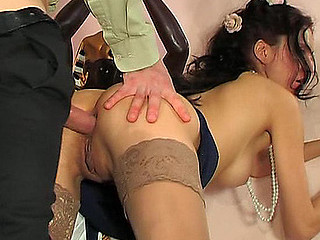 Clothed up for the outing a skinny hotty gets her brown eye pierced after blowjob