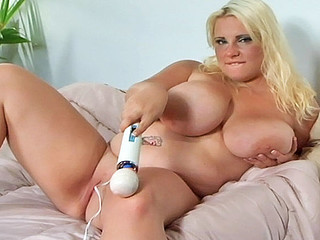 Large Jen busts out the enormous artillery! When it comes to cumming, Jen is deadly serious! No Thing but a full 110 volts on her clitoris will get those haunches a shaking and that bawdy cleft a quaking!