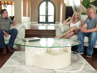 Briana Banks and her husband are offered a man for doing some action in front of a camera, as husband starts taking off his clothes he is told that the task have to be performed by professional. The large breasted milf..