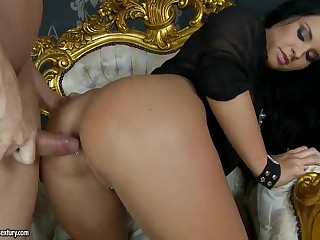 Bettina Dicapri receives her a-hole screwed balls deep from behind