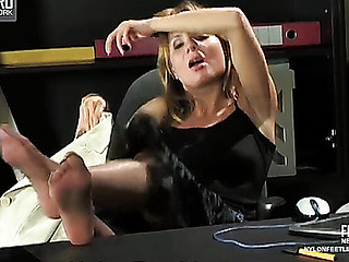 Sex-starving secretary seducing her boss with palatable feet in shiny pantyhose