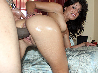 Missy Maze is a kinky sexy floozy, and likes to fuck. OG Mudbone tears open her white cum-hole with his MONSTER 14inch shlong. This Chab blow his big cum load all over her face!