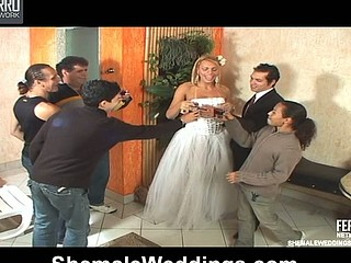 Shemale bride thrusting wazoo of her fiance in their first wedding night
