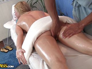 She is blonde, oiled up and gorgeous. Her large bubble butt is milky white and gets oiled up by the masseur. With such a beauty in front of him he barely holds himself not to touch her backdoor and rub that ass. Do u..