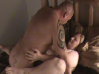 Sexy BBW let&,#039,s boyfriend cum inside her for the second time while hubby clips it.