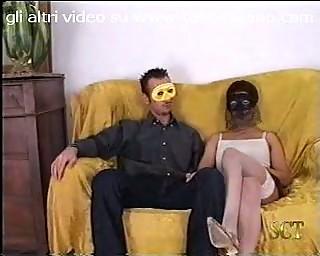Coppia italiana prima volta in movie scene Italian couple first time by tubo72
