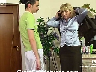 Aged business-woman fucking her younger lover like there is no the next day