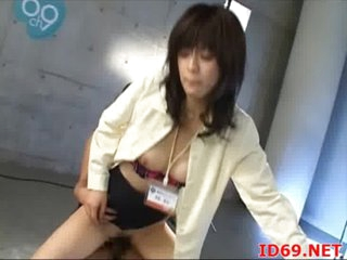 Japanese AV Model receives pulled out for sex