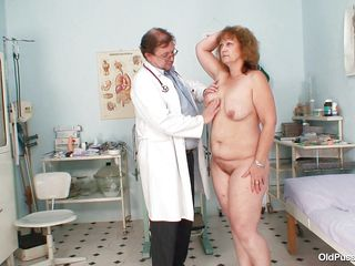 Ariana is a mature lady and often visits to her gynecologist to examine her pussy. After taking a close look at her nice boobs she is ordered to lie down to the doctor's table. Then the doctor wears his gloves and tells her to spread her legs so that this guy can test her cunt with a little fingering.