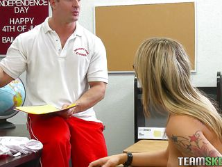 Bailey is a slutty babe and this babe just looks for an opportunity to get fucked. Here this babe is in school and obeying the order like an obedient student. After stripping, as this babe is told, her teacher starts..