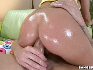 Her big oiled ass deserves a big hard dick! Rachel is a slut that enjoys a hard ass fucking and this guy is about to give her what that babe deserves. This chab licks her nipples and then that babe goes on top of him to..