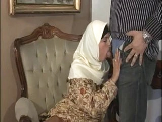 ARAB Muslim HIJAB Turbanli Good Tits DOGGY FUCK Blowjobs -NV