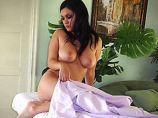 Nadia Nash is by no means an angel. This Babe called me up coz this playgirl wanted some dong and a good massage. I mean I can't deprive this large titty hottie of some good dick. That would just be wrong...